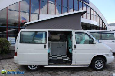 VW T4 AUTOMAAT hefdak,motor airco , 4 pers. nieuwe bekleding retro
