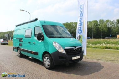 Opel Movano. Buscamper, Enkele-bedden nieuwe inbouw 2020 met motor-airco.