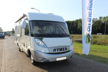 HYMER B 694 SL 2.3 MultiJet 130 PK, Integraal, Dwarsbed / Hefbed, 2x Airco, Level systeem, etc..