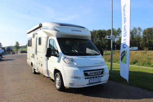Hymer T 654 CL 2 x 2 Half-integraal, Exclusive Line, Fransbed, Midden-hefbed, Zonnepaneel. Bj 2012